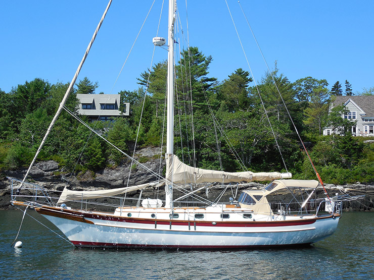 Boats We Love: The Cabo Rico 38