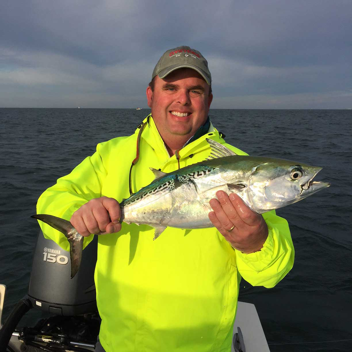 5 Cold Weather Boating Tips: Dressing for the Shoulder Seasons thumbnail
