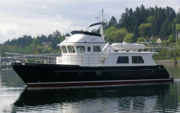 The Greenline 40 Hybrid and Seahorse Marine 54 Stand Out