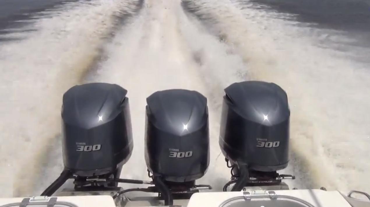 Triple Yamaha F300s Blow Past 70mph thumbnail