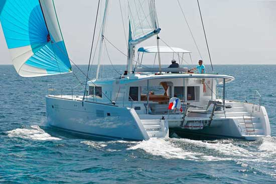 Lagoon 450: Fine-Tuning a Chartering Favorite
