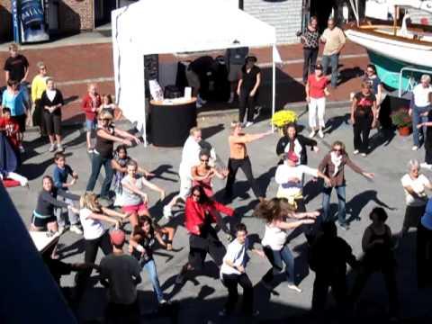 Video: Mob Dance at Newport Boat Show