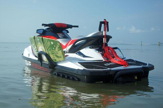 2011-sea-doo-wake-155-watercraft-static-2