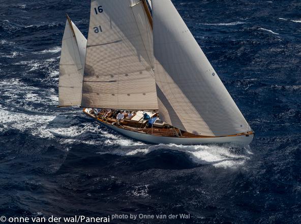 Dorade under full sail, Antigua