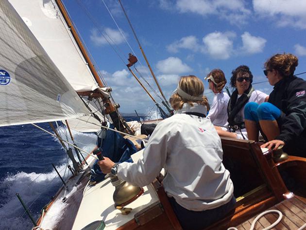 Dorade sailing upwind
