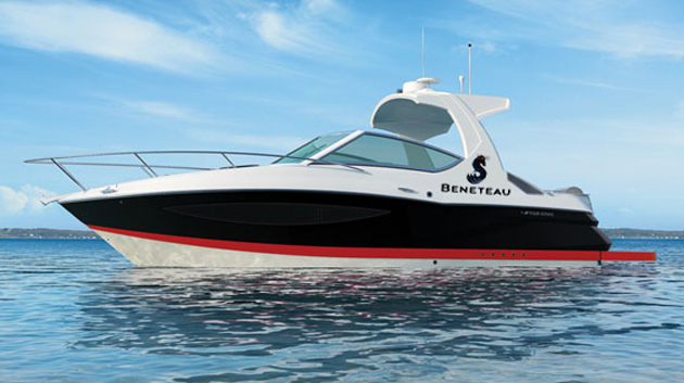 Four Winns V305 with Beneteau logo
