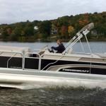 How To Drive Pontoon Boats: 5 Tips