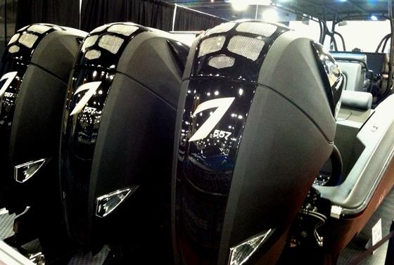 Seven 557 black