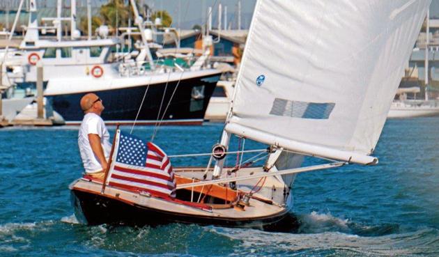 Shields 30 under sail
