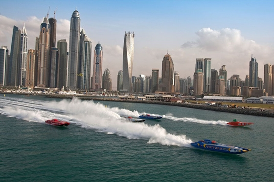 The Victory Team No. 3 cat leading the field