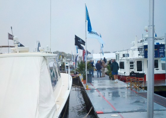 Rain and empty docks started the 2011 Annapolis Powerboat Show.