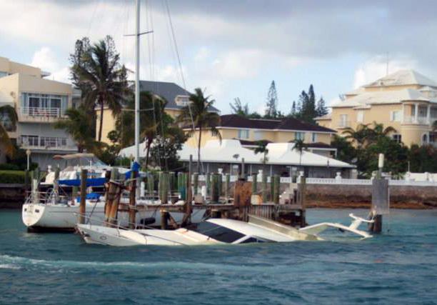 Boat sinking Bahamas