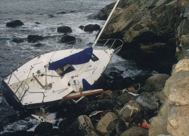 boat-us-crash_001