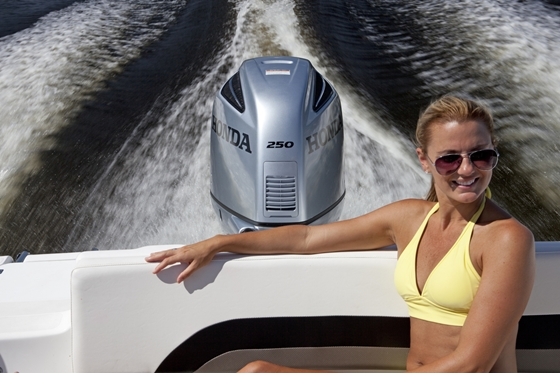 The new Honda 250 outboard offers new technical features and fresh styling.