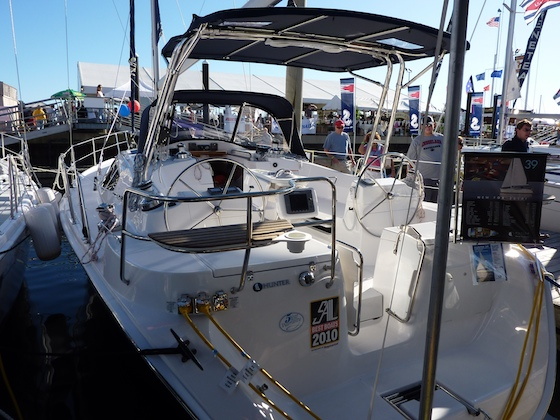 The new Hunter 39 features an innovative T-top bimini.