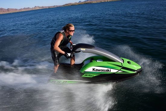 The current Jet Ski 800 SX-R is a direct descendant of the original Jet Ski JS400-A that went into production 37 years ago.
