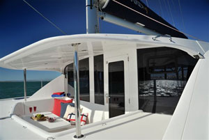 leopard-44-boat-interiors-day-038