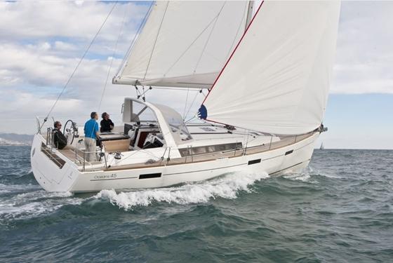 Beneteau's Oceanis 45