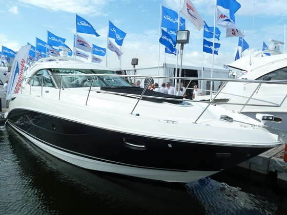 The Sea Ray 410 Sundancer (above) was introduced at FLIBS along with the new 190 Sport.