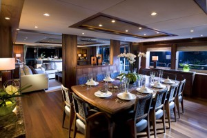 sunseeker40my_main_sal_dining_120910467v3