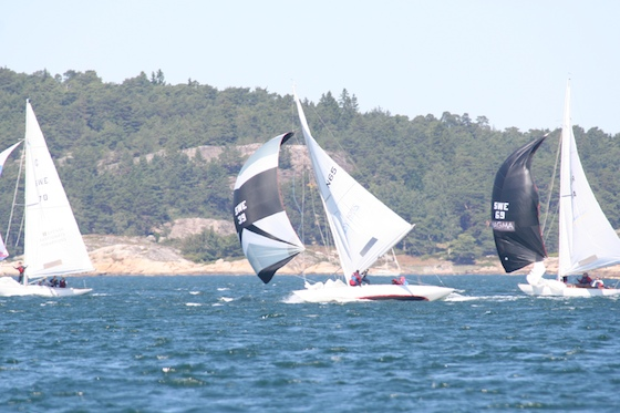 A loose mainsail leech sometimes made the windy runs exciting.