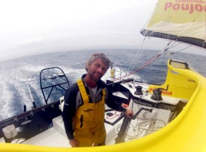 vendee-globe-2012-2013-indian-ocean-17-12-2012-photo-bernard-stamm-sui-cheminees-poujoulat-r-644-0